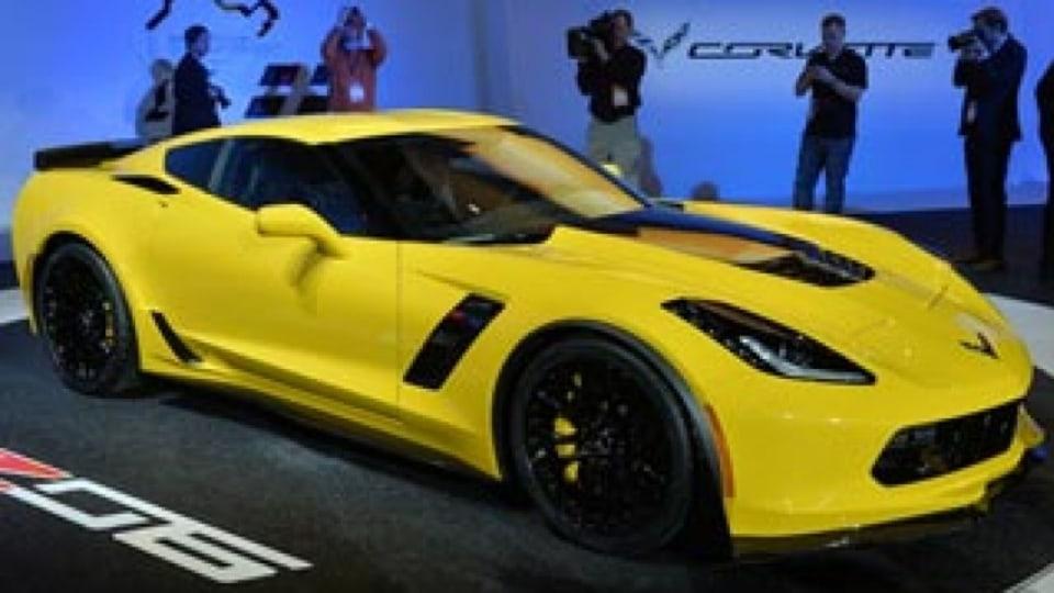 Corvette Z06 makes grand entrance