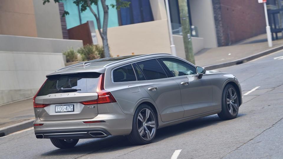 Touring Review: 2020 Volvo V60 T5 Inscription-3