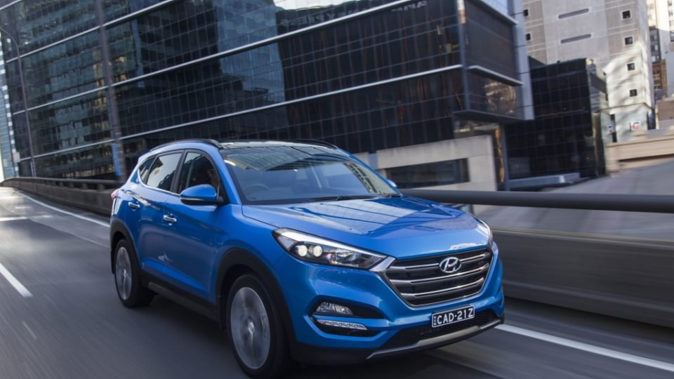 The Hyundai Tucson looks good outside and is roomy inside.