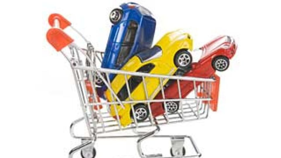 Coles to sell car insurance.
