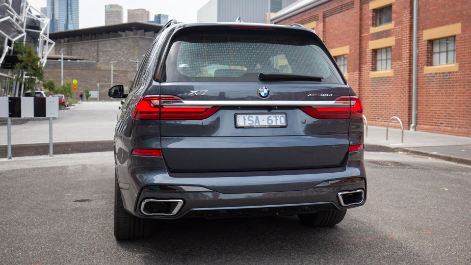 2021 BMW X7 xDrive30d review-1