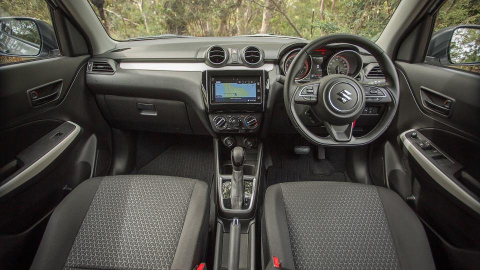 2020 Suzuki Swift Series II GL Navigator Plus review-1