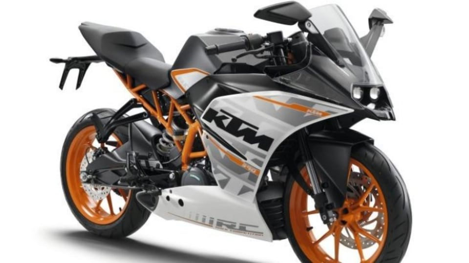 Cheap thrills: the KTM RC390 sits at the pointy end of the field for riding dynamics and ergonomics.