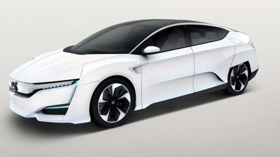 Honda FCV Concept Previews New Hydrogen-Powered Model