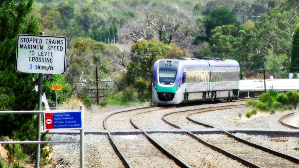 Victoria Developing Technology To Warn Vehicles Of Nearby Level Crossings