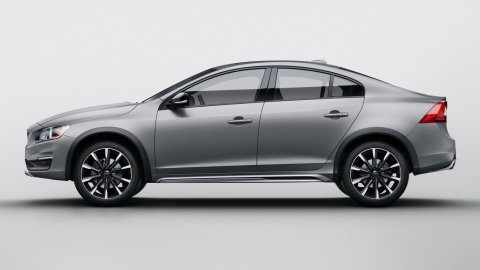 volvo_s60_cross_country_overseas_02a