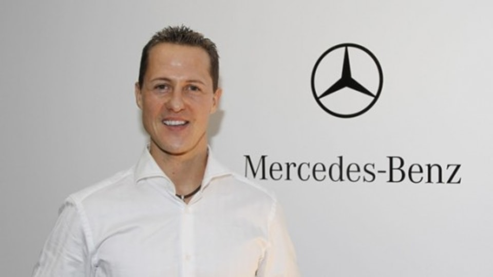 F1: Schumacher Signs On With Mercedes GP For 2010 Season