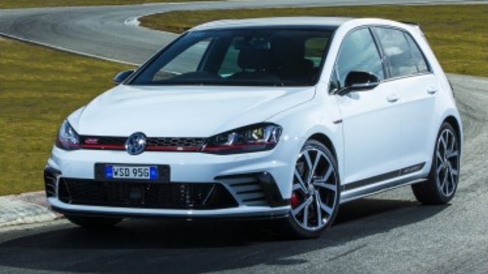 Volkswagen locks horns with car clubs