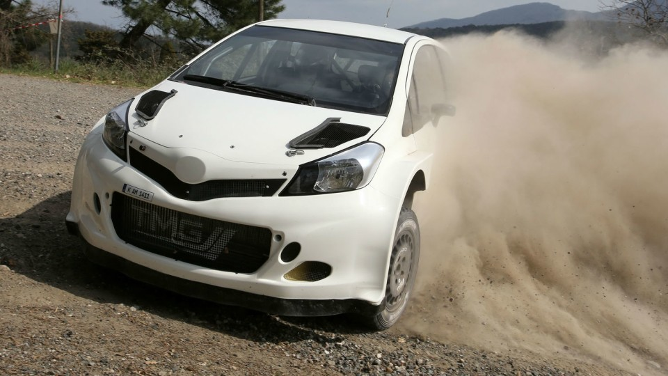 2017_toyota_yaris_world_rally_car_06