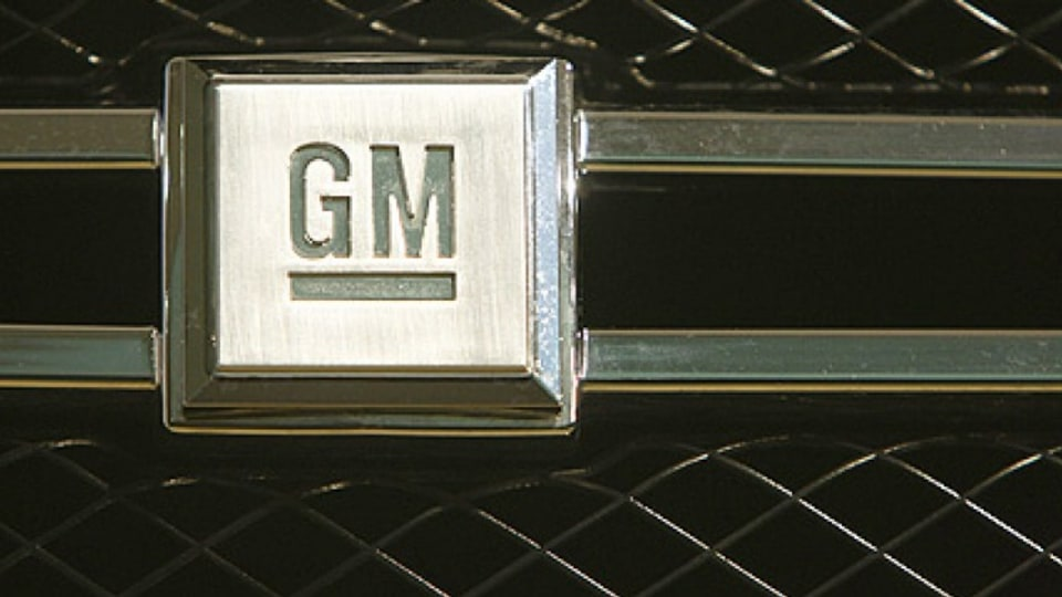 Too little too late? GM badge on the front grille of a GM Hydrogen 4 fuel cell-powered car from Opel and GM.