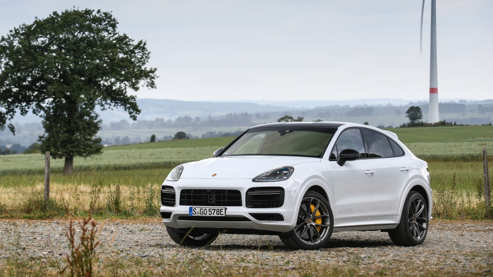 2019 Porsche Cayenne and Cayenne Turbo S E-Hybrid Coupe review