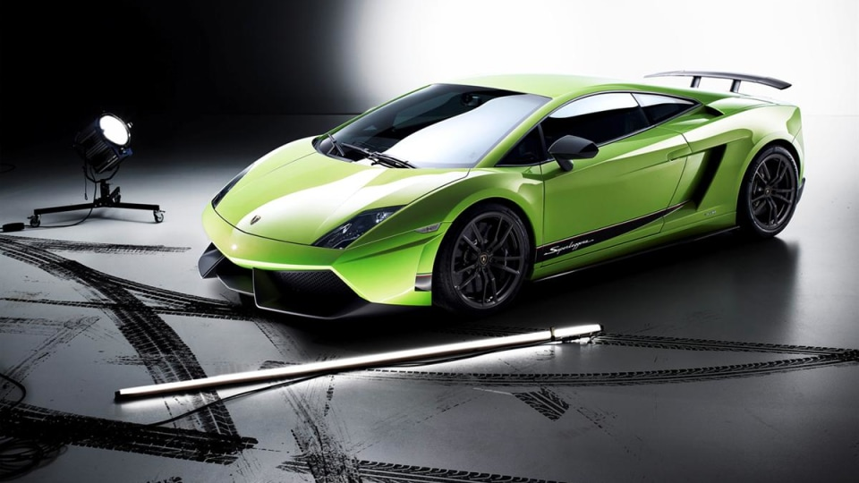 2011 Lamborghini Gallardo LP 570-4 Superleggera Revealed In Geneva