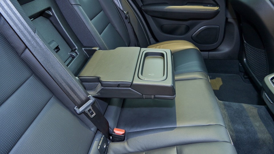 Touring Review: 2020 Volvo V60 T5 Inscription-0