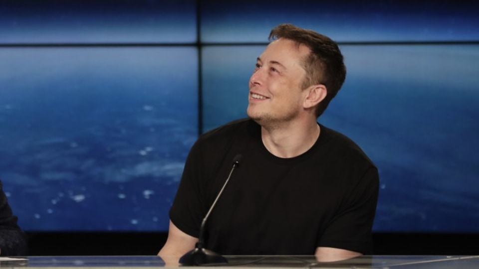 Elon Musk in trouble over Tesla tweet