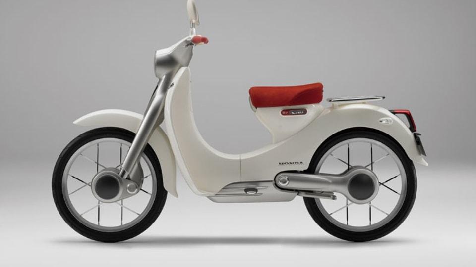 honda_electric_cub_motorcycle_02.jpg