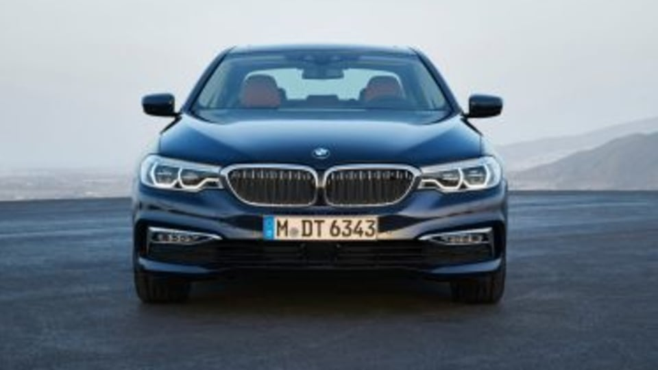 2017 BMW 5-Series price and specifications