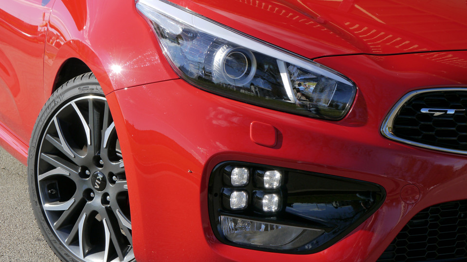2014_kia__proceed_gt_tech_pack_review_28_1