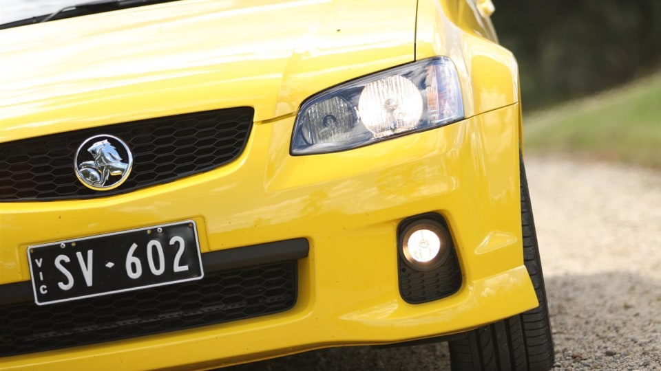 2011_holden_sv6_ute_11