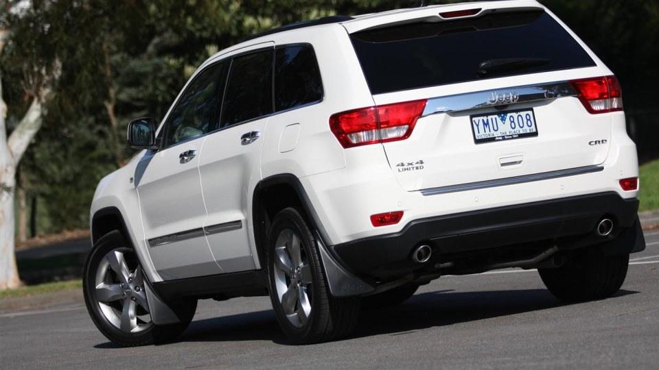 2011_jeep_grand_cherokee_diesel_review_01