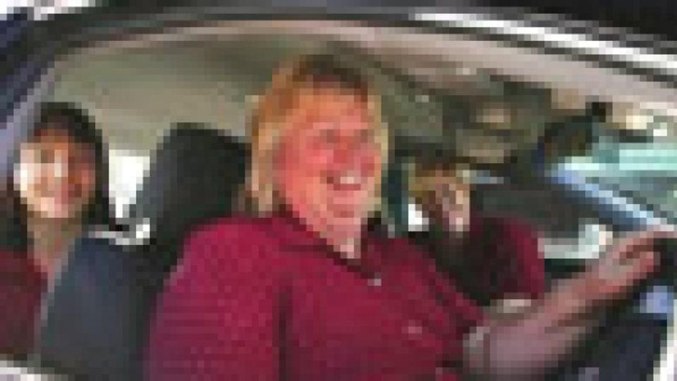 Expert says car pooling would slash vehicle emissions