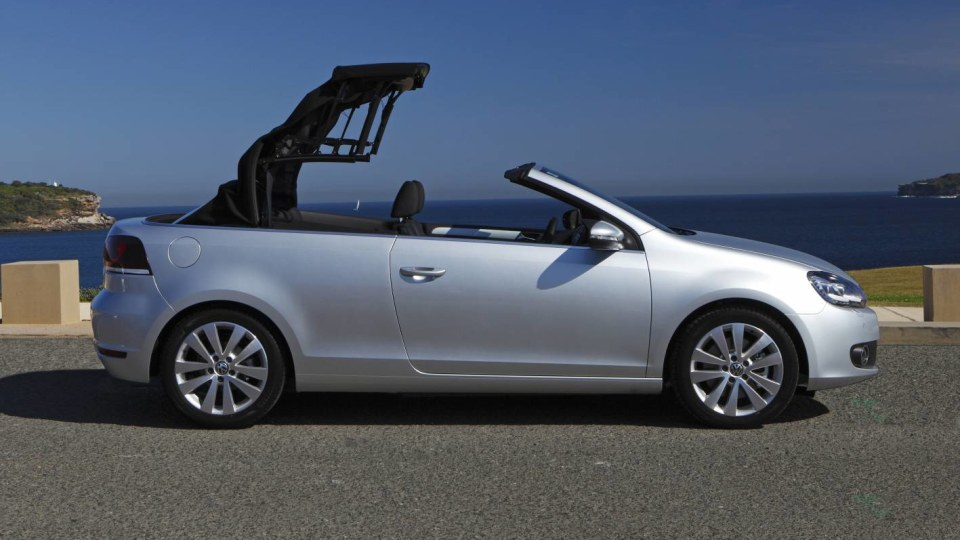 2012_volkswagen_golf_cabriolet_cabrio_australia_04