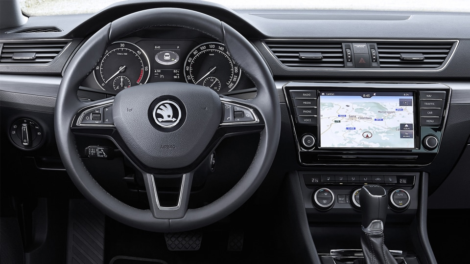 2016_skoda_superb_overseas_17a
