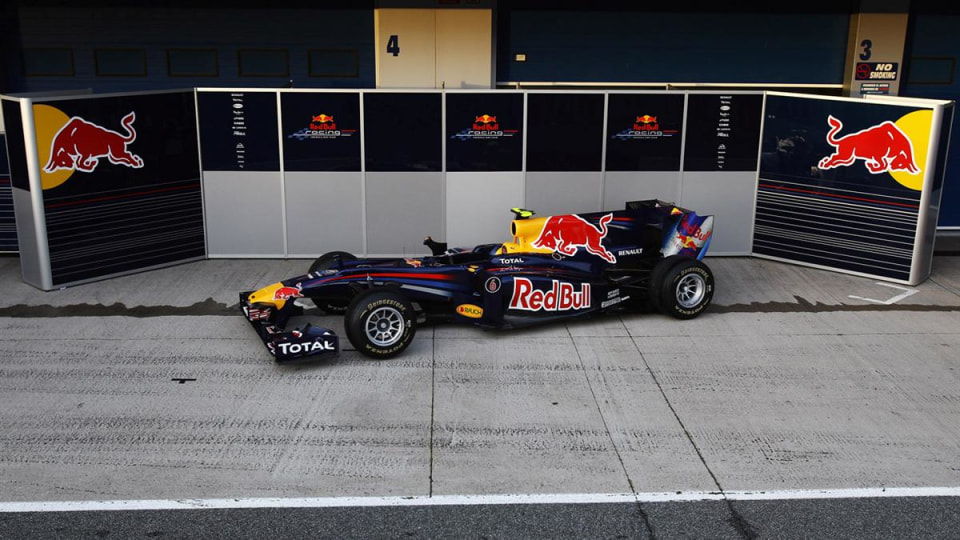 JEREZ DE LA FRONTERA, SPAIN - FEBRUARY 10:  Red Bull Racing unveil the new RB6 during winter testing at the at the Circuito De Jerez on February 10, 2010 in Jerez de la Frontera, Spain.  (Photo by Vladimir Rys/Bongarts/Getty Images)