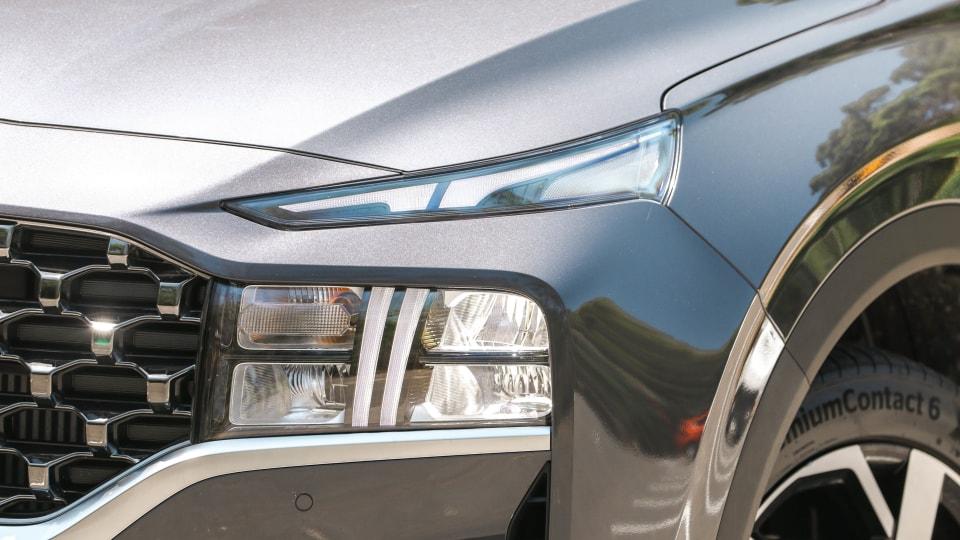 2021 Hyundai Santa Fe Elite review-0