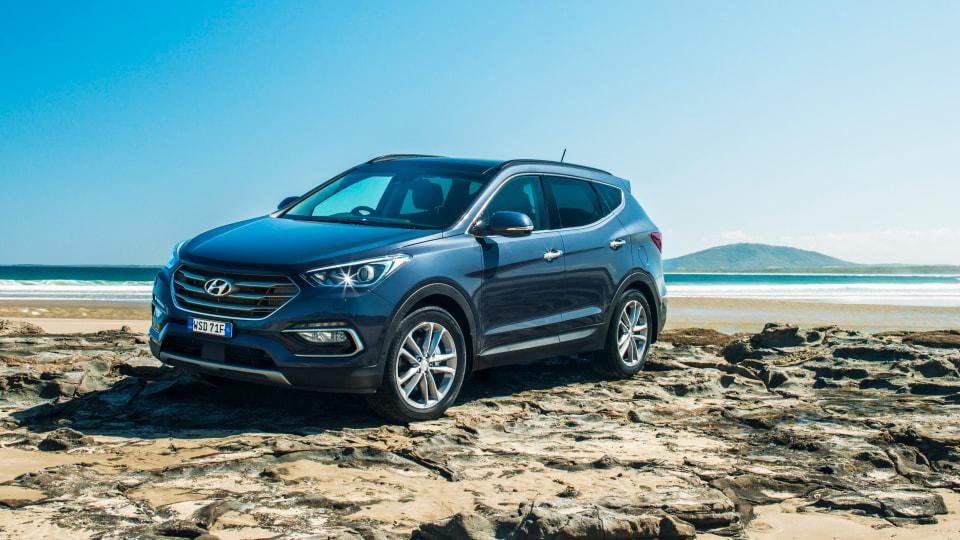 2017 Hyundai Santa Fe.