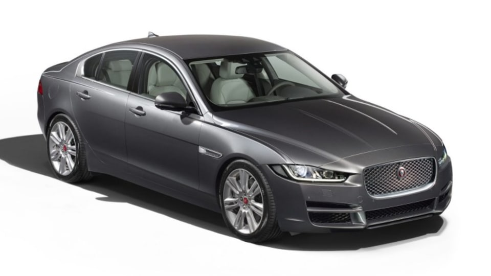 Jaguar XE 25t Portfolio.