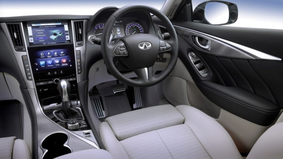The Infiniti Q50 Hybrid S features good quality trim and comfortable seats.