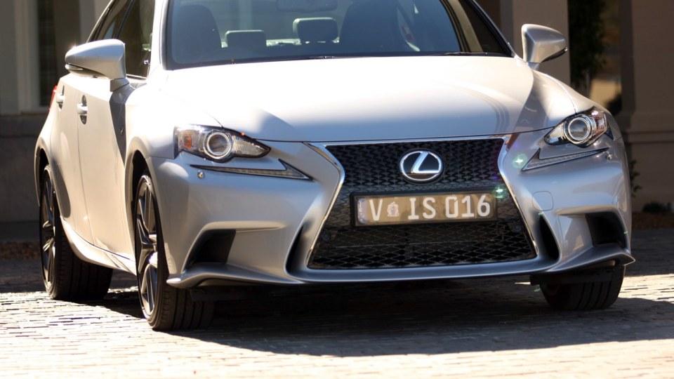 2013 Lexus IS Review
