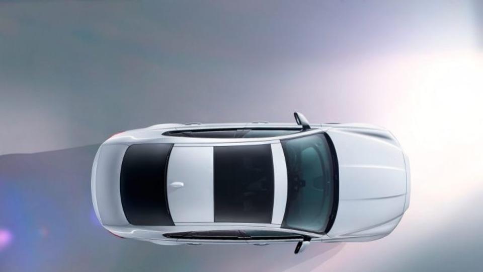 Next generation Jaguar XF previewed