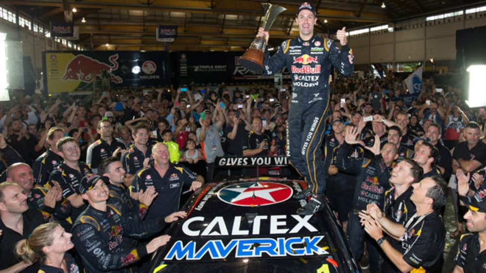 V8 Supercars: Whincup Crowned 2014 Champion As Sydney Drowns