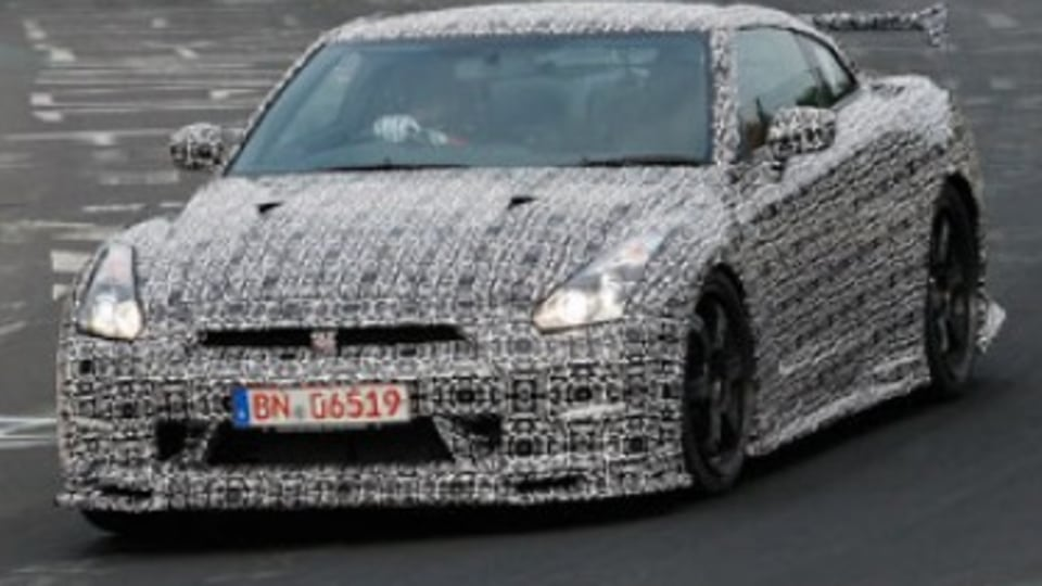 Nissan GT-R Nismo caught testing