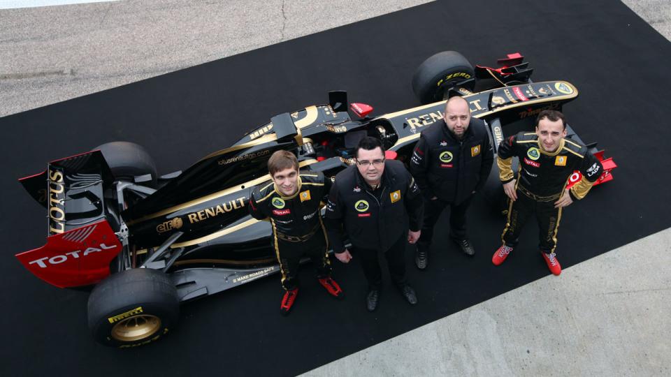 2011_lotus_renault_gp_r31_f1_race_car_03