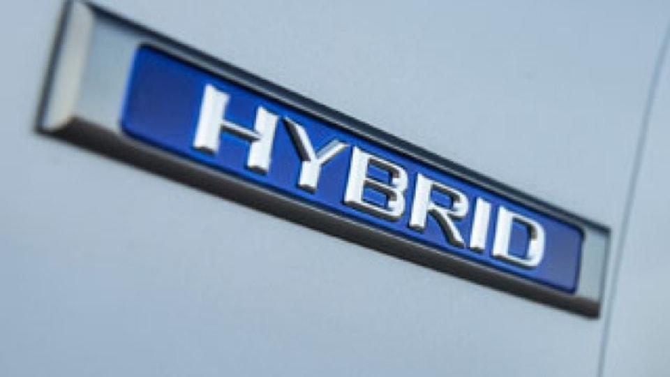 Hybrids to overtake petrol in Lexus ES