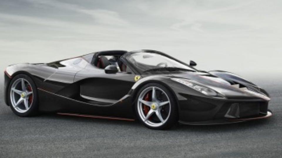 Ferrari LaFerrari Spider revealed