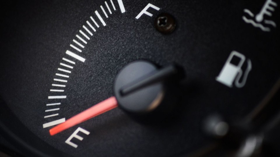 Lobbyists Claim Fuel Consumption Stickers Are Lying And Regular Unleaded May Be Axed