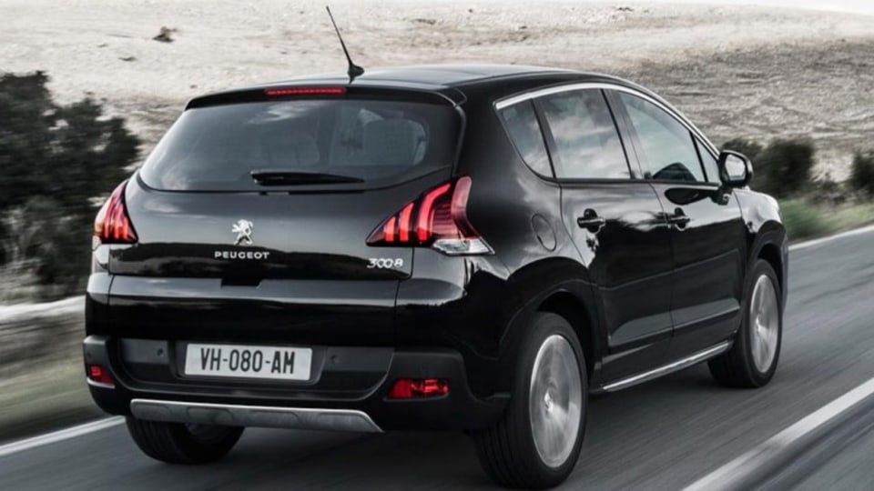 Facelifted Peugeot 3008.