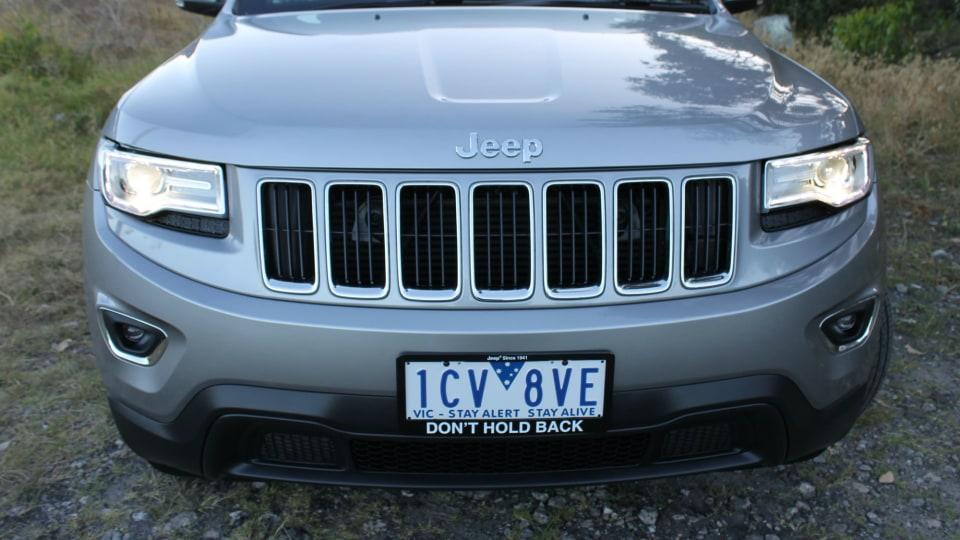 2014_jeep_grand_cherokee_laredo_4wd_diesel_review_03