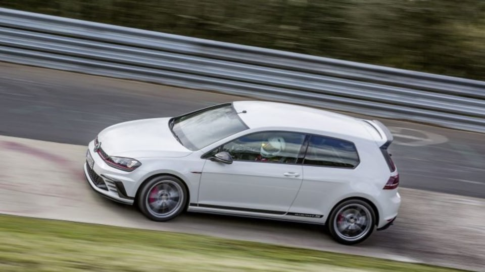 The new Honda surpasses Volkswagen's special-edition Golf GTI Clubsport S as the fastest car of its kind.