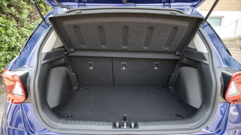 2020 Hyundai Venue Go review-4