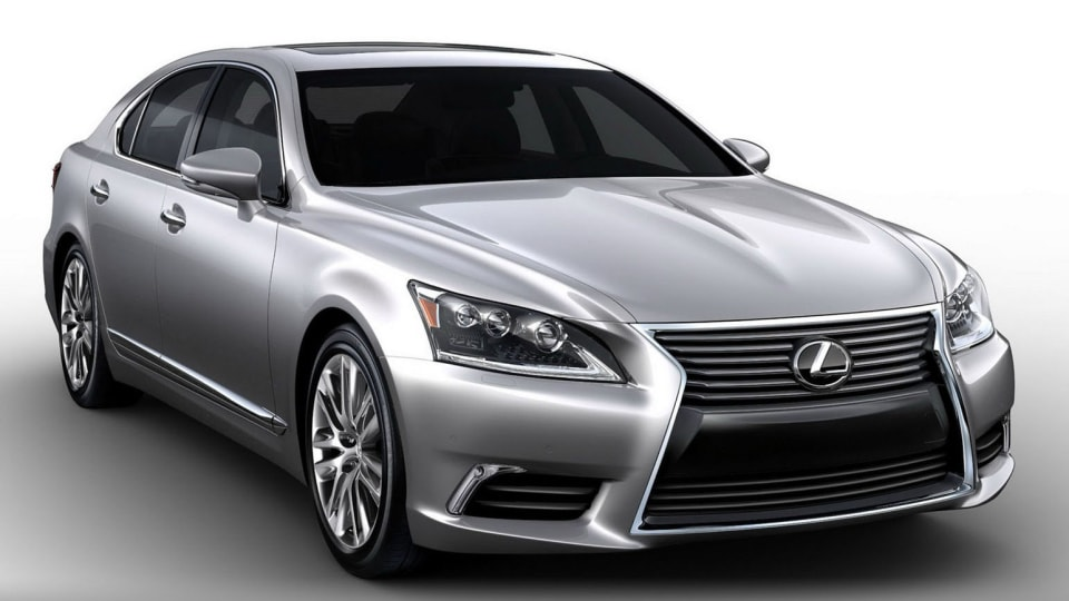 2013 Lexus LS Revealed Further In New Images
