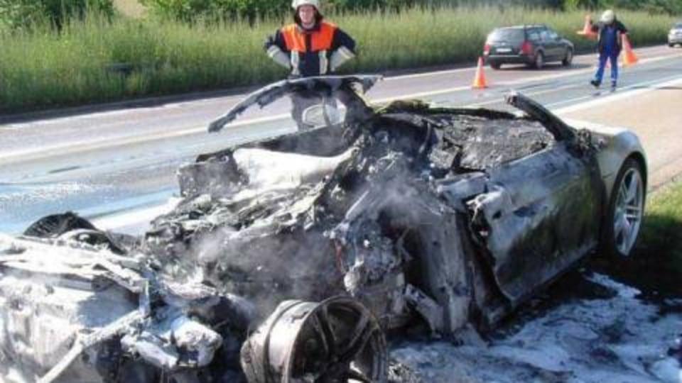 Audi R8 prototype fires explained