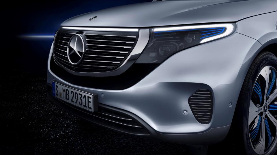 Mercedes-Benz EQ C revealed