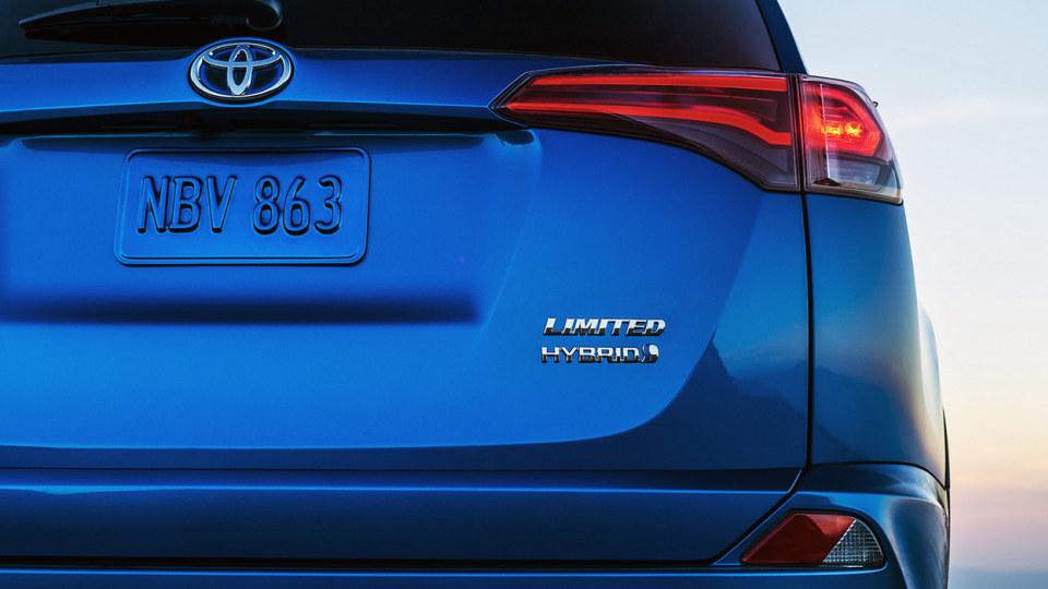 Toyota To Expand Hybrid Range, But No SUVs On The Horizon