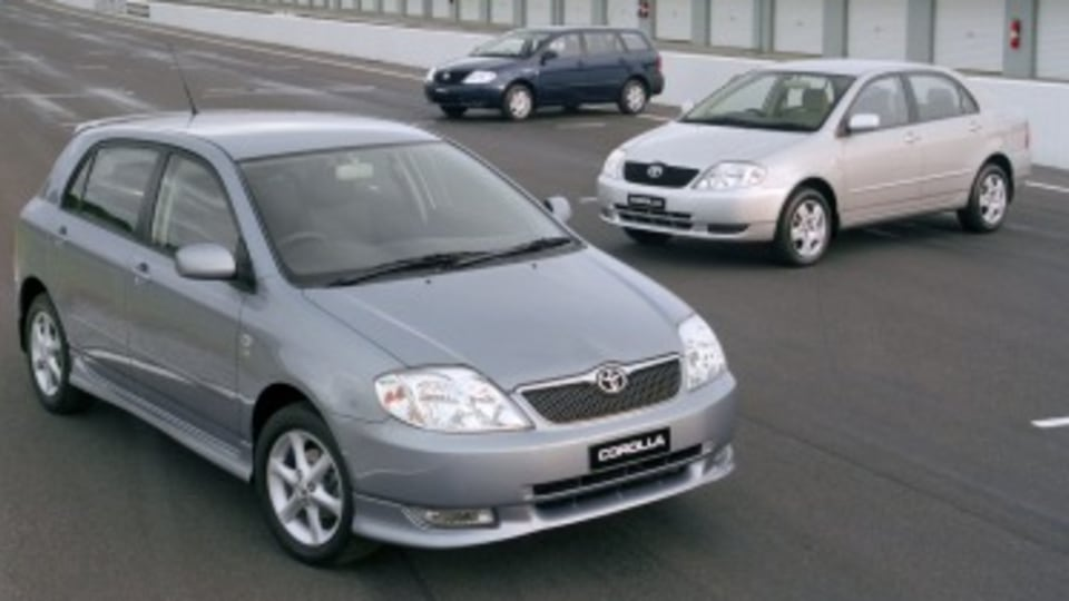 Toyota recalls 180k cars over airbag concern