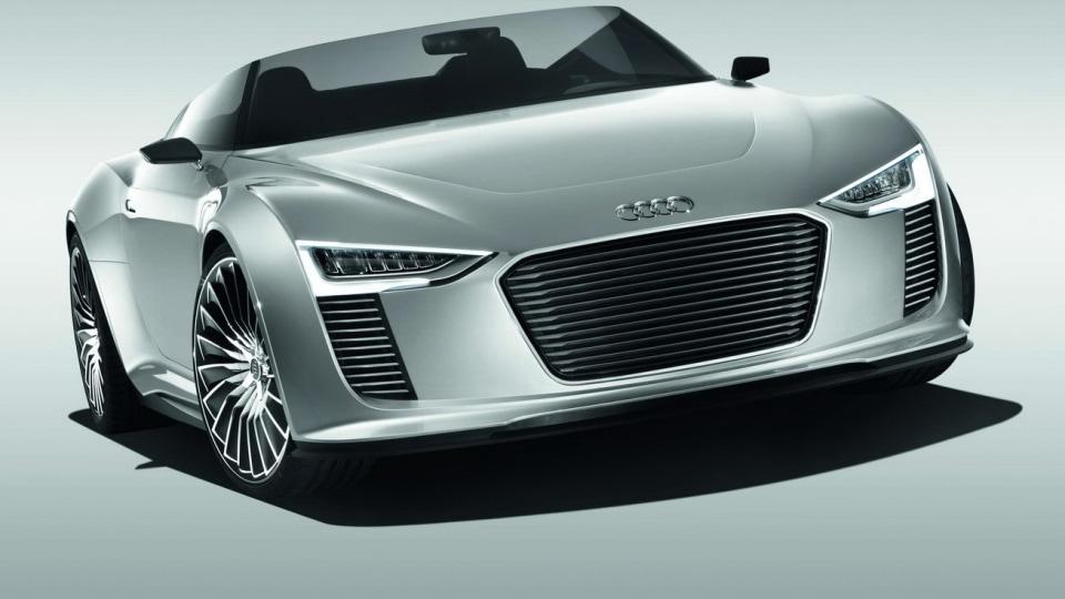 Audi e-Tron Spyder Concept Debuts At Paris