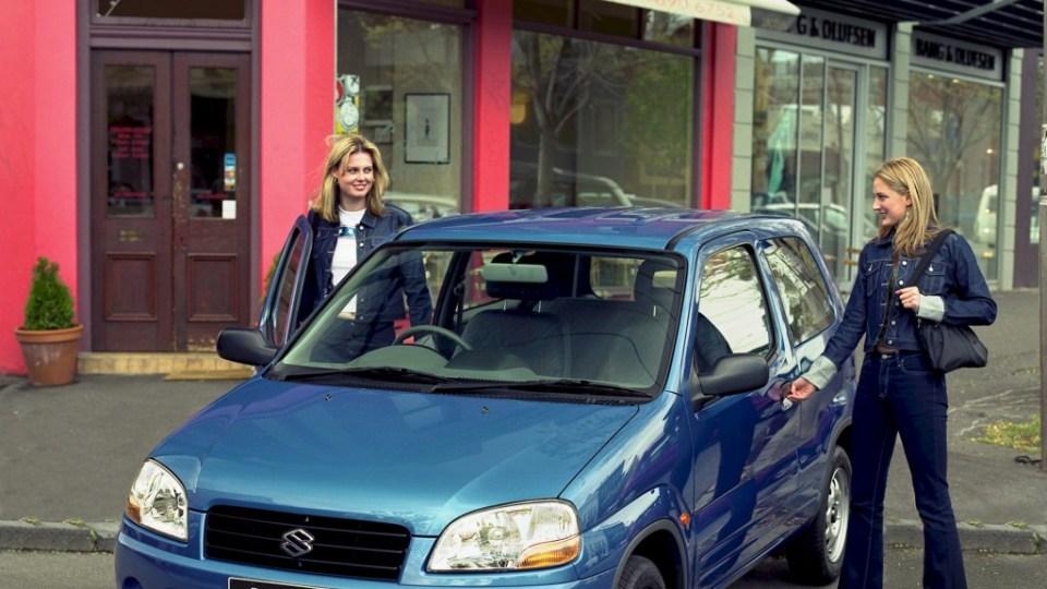 2001 Suzuki Ignis.
